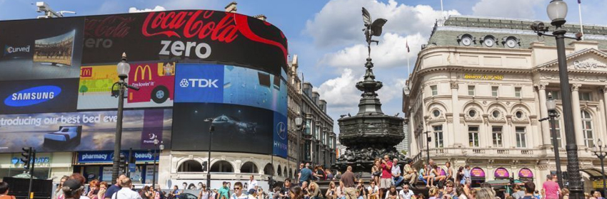 De 5 meest gefotografeerde plaatsen in Europa.Piccadilly Circus in Londen