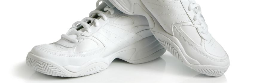 witte sneakers leder