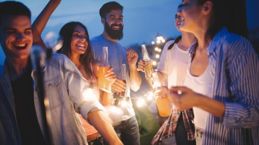 Feestje organiseren thuis met deze tips